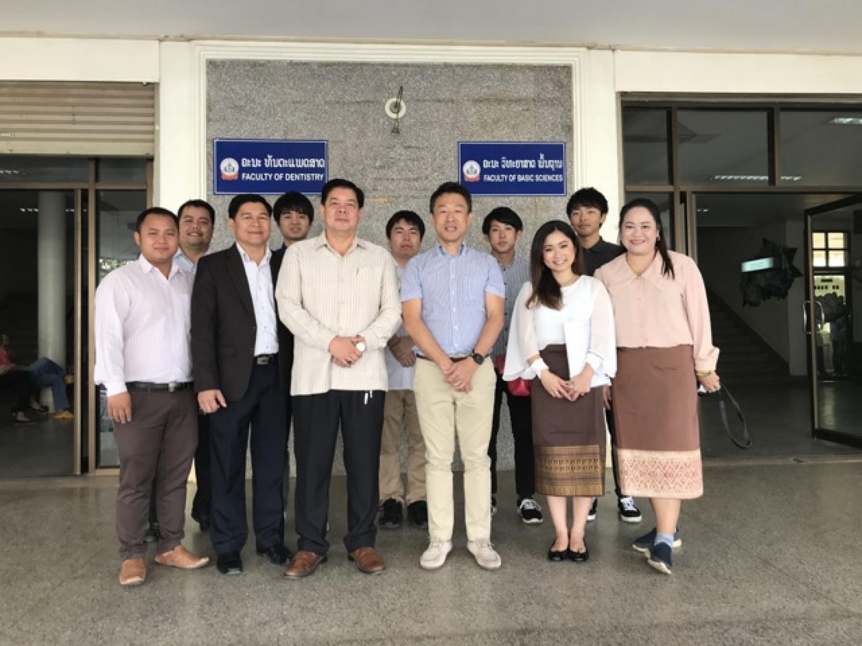 電気工学科 戸田健准教授および電気工学専攻と電気工学科の学生4名が、ラオスにおける地域医療ネットワーク構築に関わり、ラオスヘルスサイエンス大学へ派遣されました。