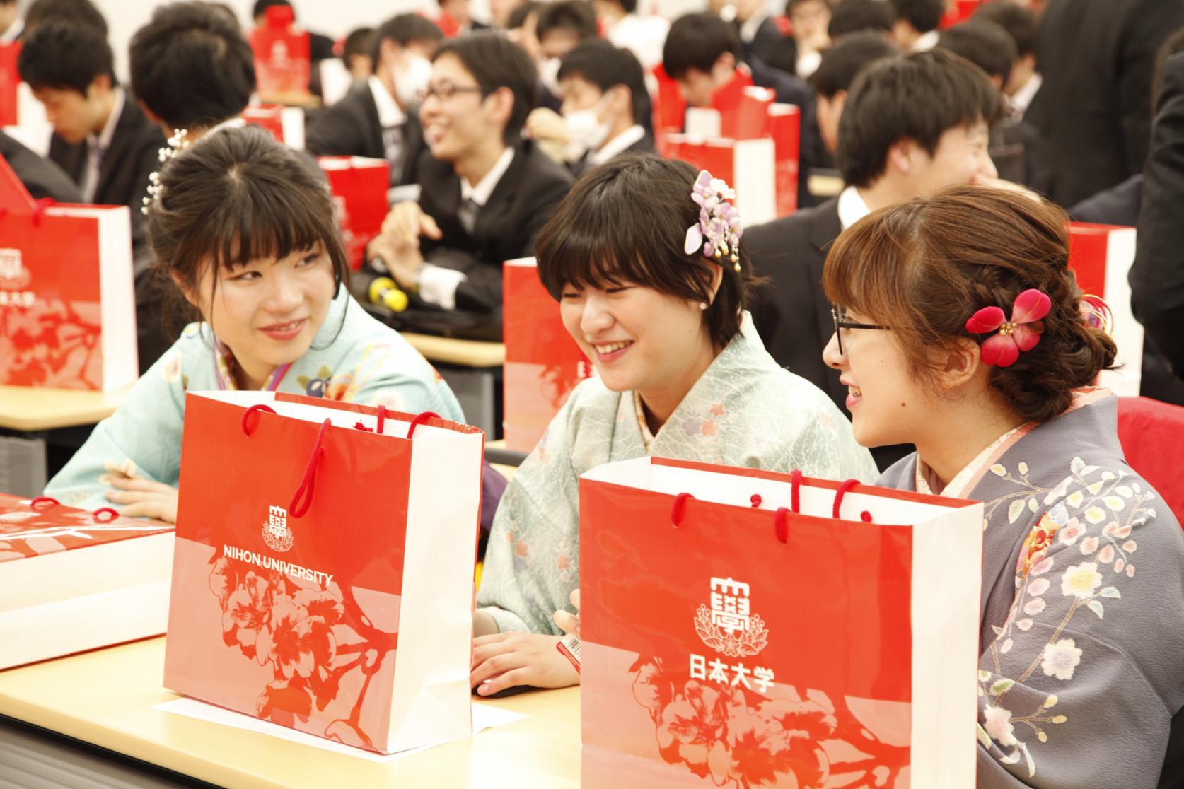 平成30年度日本大学理工学部 日本大学大学院理工学研究科 博士前・後期課程 短期大学部 学位記伝達式が執り行われました。