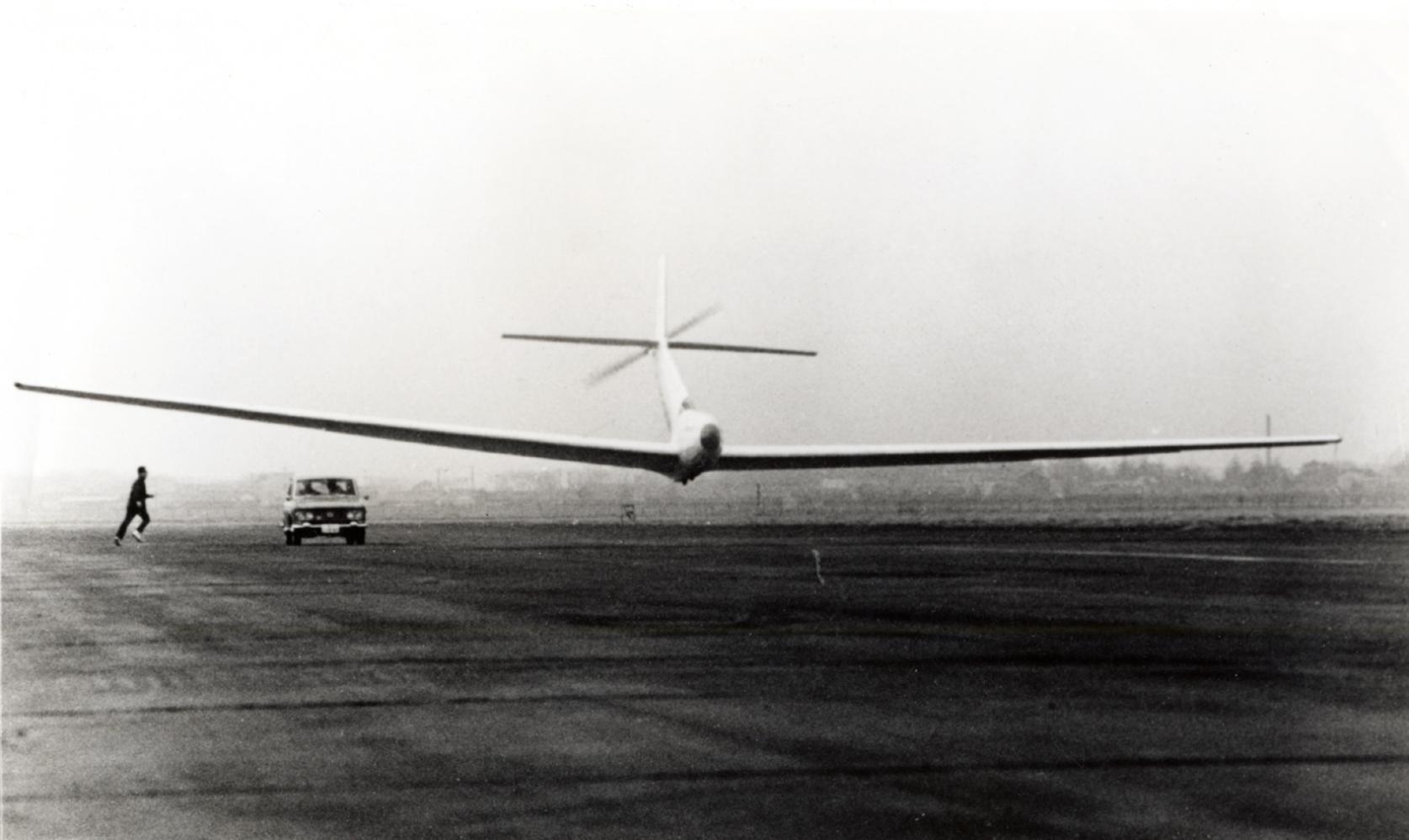 【2月27日】1966年の本日、日本大学理工学部の人力飛行機 「リネット号」が、調布飛行場にて日本初の人力飛行に成功しました。