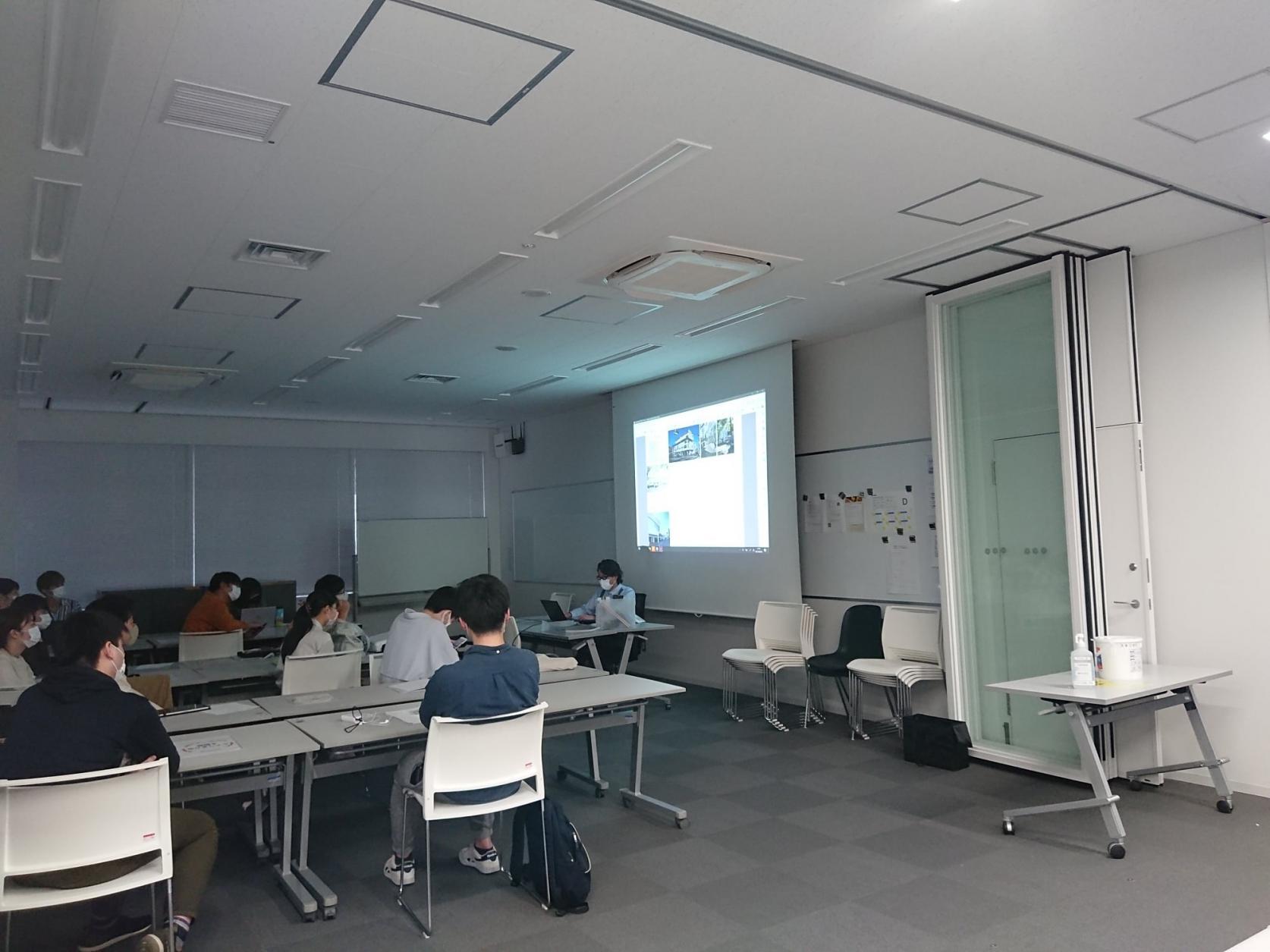 一級建築士大学別合格者数1位は日本大学:科学雑誌「Newton2021.5月号」(ニュートンプレス)の特集「理工系大学ランキング」において、一級建築士大学別合格者数1位は日本大学と掲載されました。